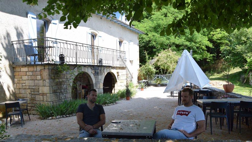 Matthieu Dissait et Yann Poudoulenc ont de l'espace avec trois salles et trois terrasses à disposition.