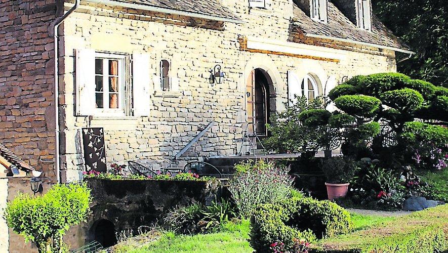Le moulin de moines est devenu la maison de propriétaire.