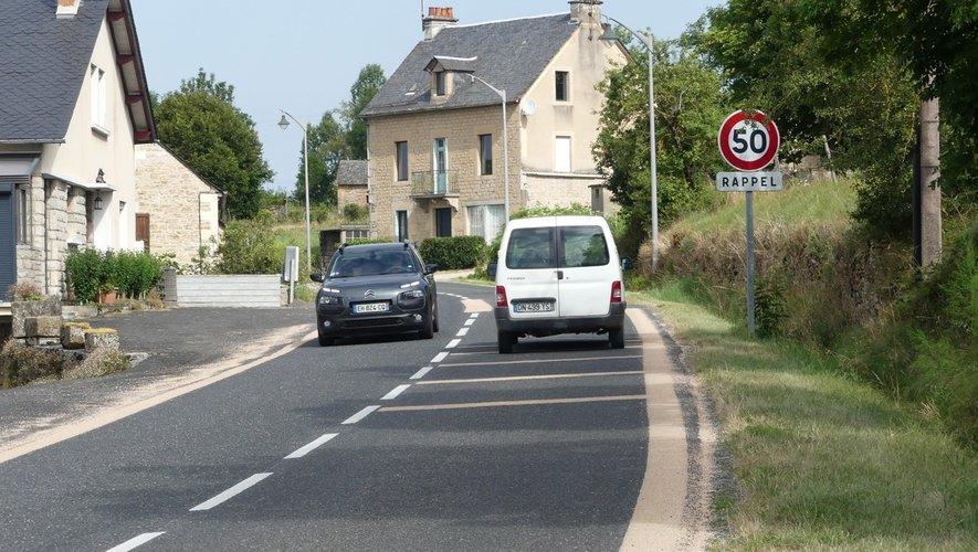 Signalétique pour la sécurité du village.