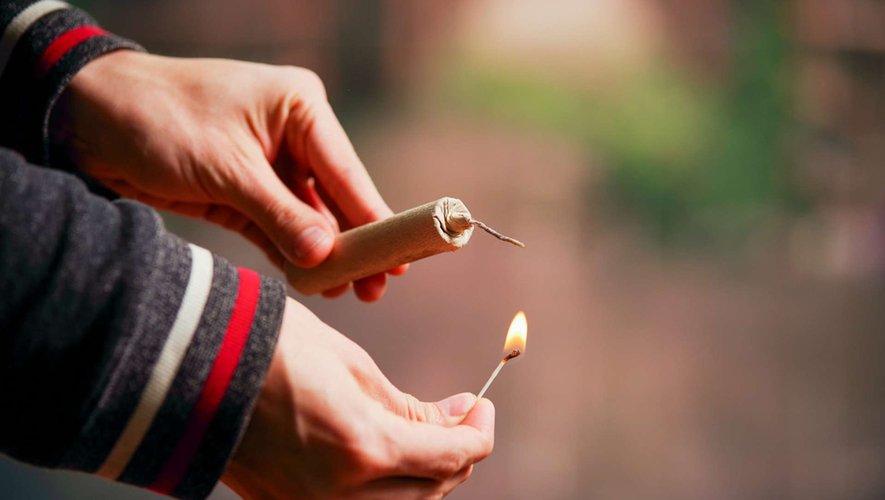 Pétards et feux d'artifice : avec prudence