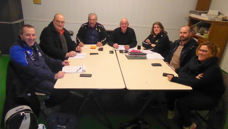 Émilie Ardourel-Feral à droitesur la photo lors de la réuniondu comité directeur.