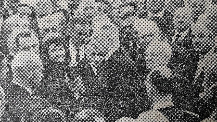 De Gaulle est arrivé à Rodez, accueilli par plusieurs milliers de personnes.