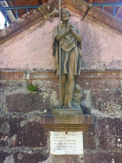 Saint Méen vint ici de Bretagne au tout début du VIIe siècle.