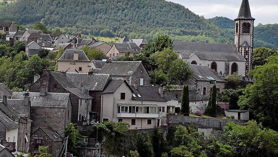 Le cœur du village vu du château.