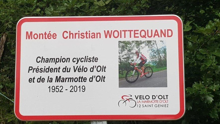 Le panneau en mémoire de Christian Woittequand.