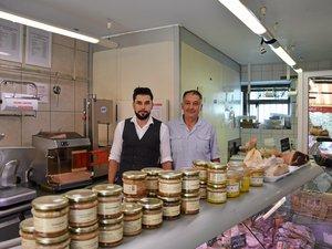 À la boucherie Chauchard, à Pont-de-Salars, le savoir-faire se transmet de père en fils