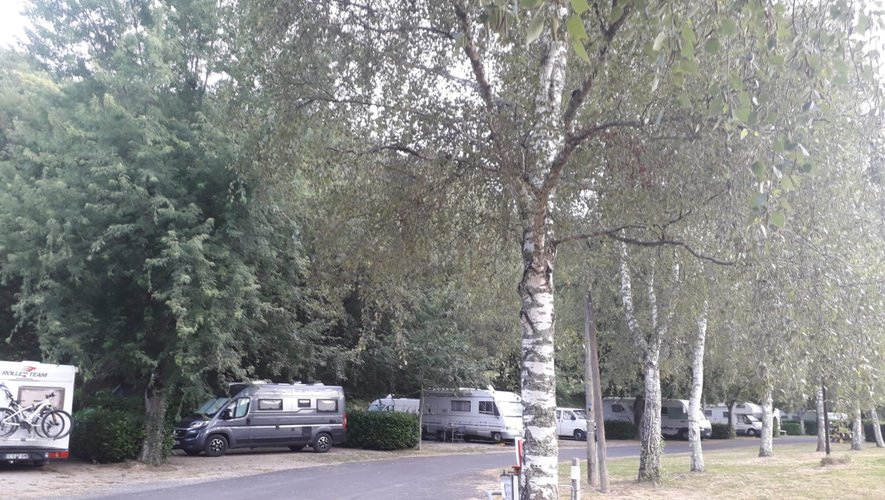 Les vacanciers se sont installés au camping de la Chantellerie.