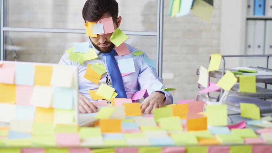 """Les salariés français se sont rendus au travail plus d'un jour de maladie sur quatre, un phénomène de """"présentéisme en cas de maladie"""" accentué par certaines conditions de travail"""