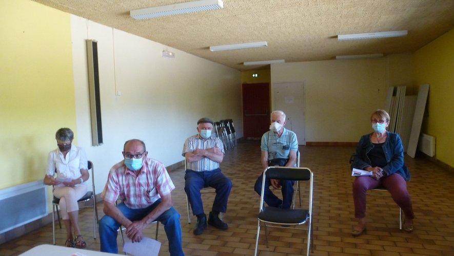 Le conseil d'administration en réunion.