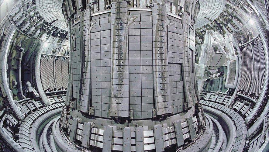 Le projet ITER travaille sur la fusion nucléaire, qui pourrait être une source d'énergie en abondance pour des millénaires