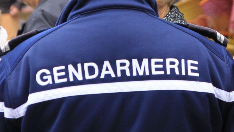 Les techniciens de l'identificationcriminellede la gendarmeriede Rodez se sont  déplacéssur les lieux.
