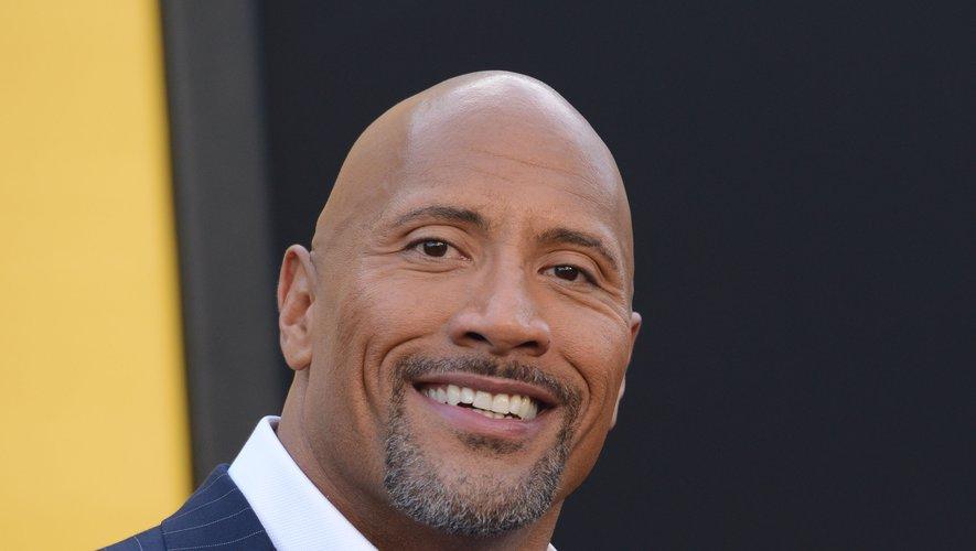 """Dwayne """"The Rock"""" Johnson est l'acteur le mieux payé d'Hollywood pour la deuxième année consécutive."""