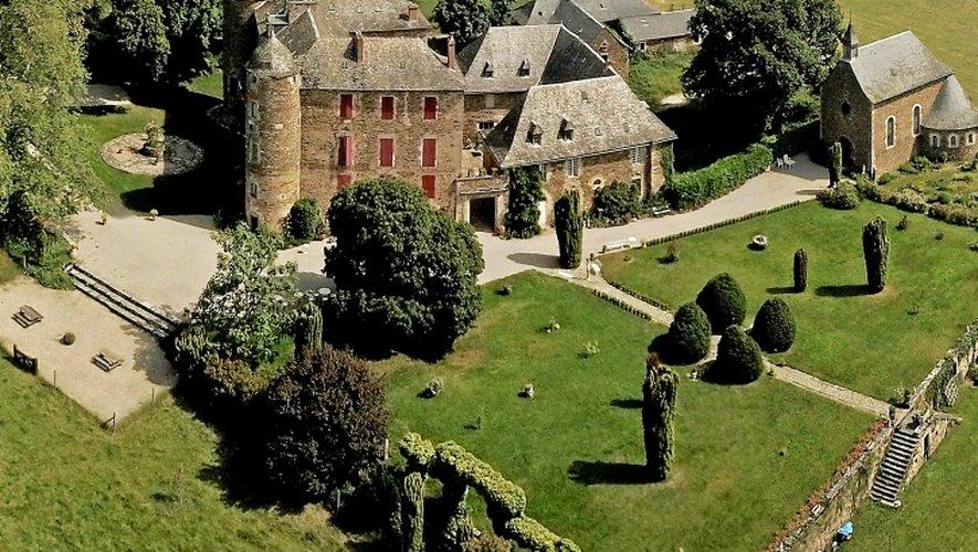 Le château du Bosc, demeure familiale d'Henri de Toulouse-Lautrec, située à Camjac, est au cœur d'une bataille judiciaire entre le couple Putzola, poursuivi devant la justice, et les membres de la famille du peintre.