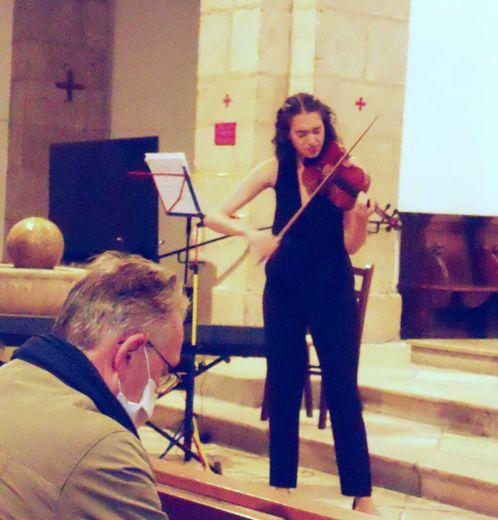Maria Alejandra Jimenez au violon