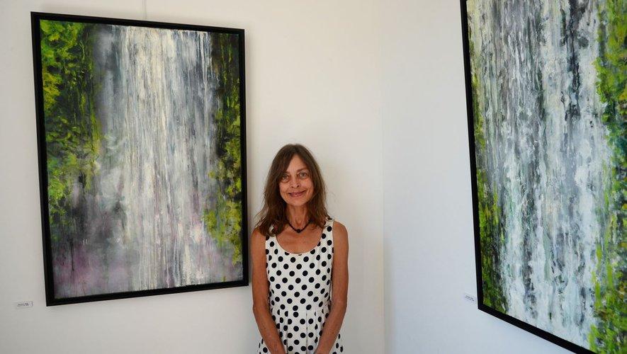Sonja Britz expose ses tableaux de la cascade et du Lot, à Trame d'Arts, cour de la filature, de jeudi à dimanche.