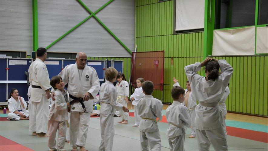 Amilcar Jacinto assure toujours  les cours de judo.