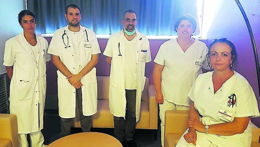 Dr Higounenc (praticien hospitalier) – Dr Awladissa (stagiaire associé) –Dr Fayaud (praticien hospitalier responsable du service lits identifiésde soins palliatifs) – Mme Pronzac (cadre de santé) – Dr Kaya-Vaur (praticien hospitalier gériatre, chef de service et chef de pôle).