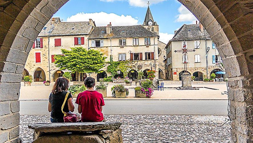 Sauveterre-de-Rouergue : visites et expos au menu.