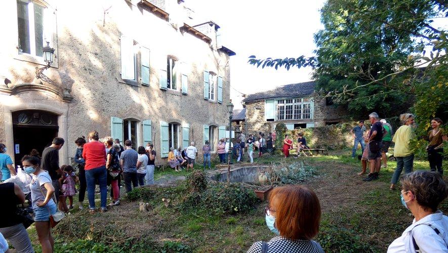 """Les habitants se réjouissent d'accueillir le projet """"Château d'Arvieu""""."""