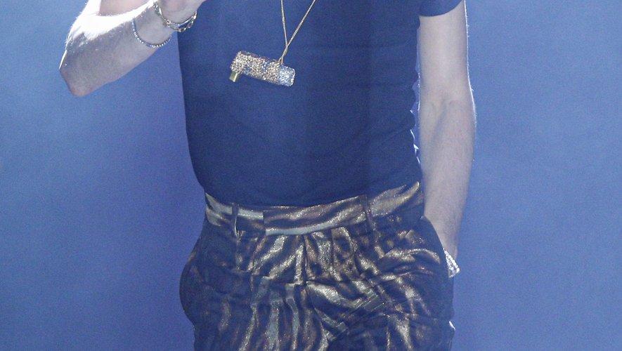 Christian Cowan s'est associé à Lil Nas X pour soutenir la jeunesse queer noire d'Atlanta.