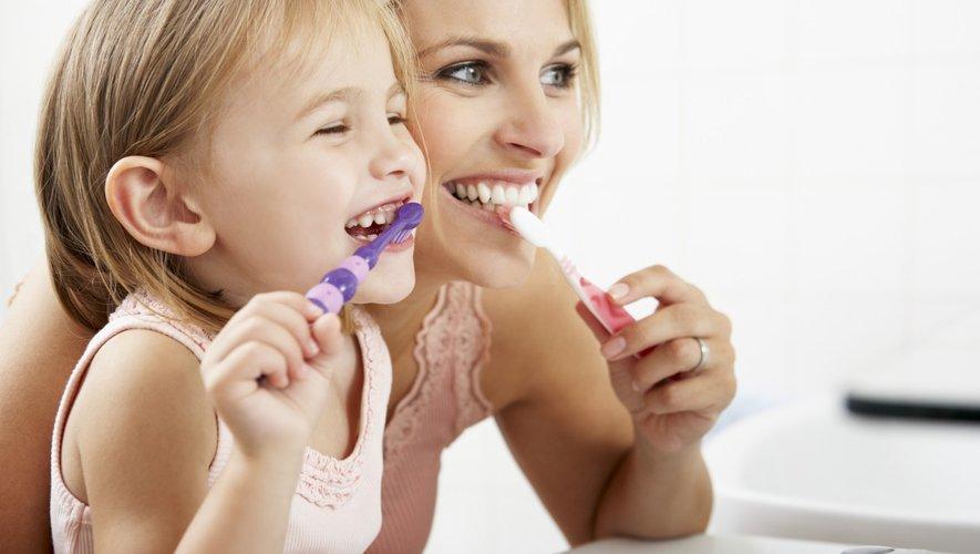 Pour votre cœur, surveillez… vos dents