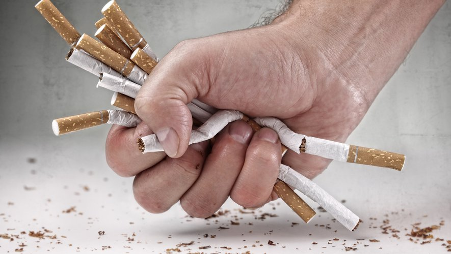 Des experts estiment que la pandémie a peut-être eu un impact sur la baisse du nombre de fumeurs en Angleterre.