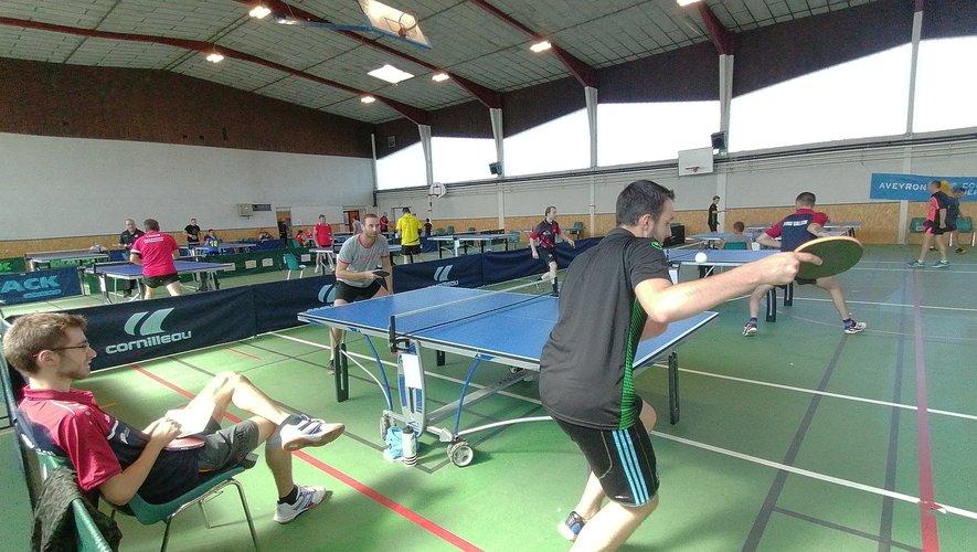 Un tournoi hommage à M. Biscaye débute la rentrée du tennis de table.
