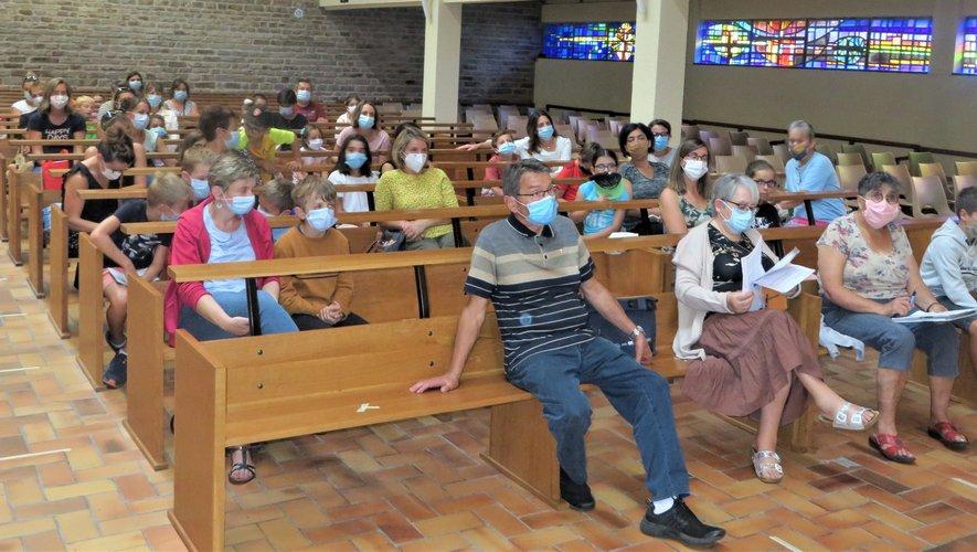 Une partie des enfants et parents présents samedi dernier en l'église de La Primaube.