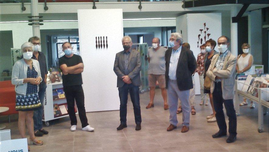 """Pour Luc Aussibal (troisième à partir de la gauche), """"tout est glissement, passage progressif."""""""