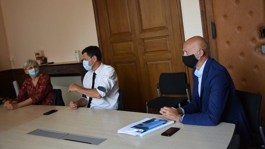 Francine Druon, Éric Picard et  Stéphane Mazars se sont félicités de cette bonne nouvelle pour Espalion.