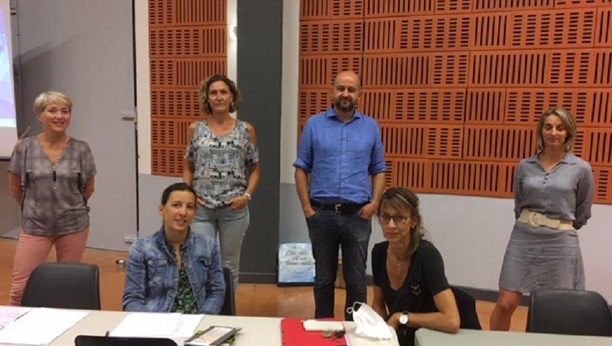 Les membres du bureau autour du président, Frédéric Alauzet.