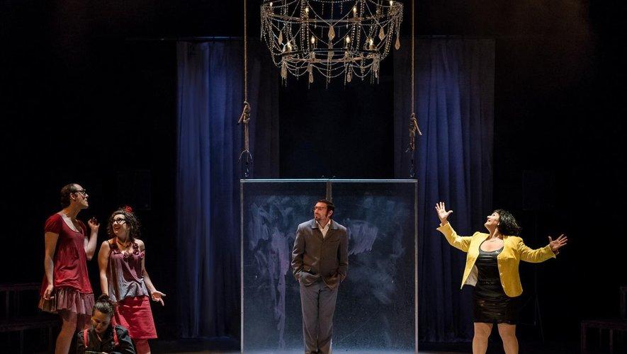 La compagnie Création Éphémère de Millau anime des ateliers théâtre à Laissac dès le 26 septembre.
