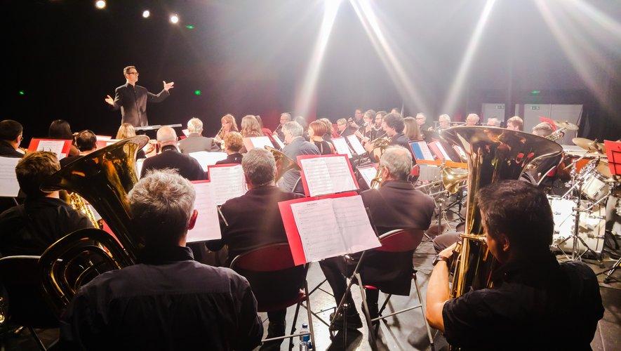Les musiciens de l'Orchestre Départemental d'Harmonie Séniors.