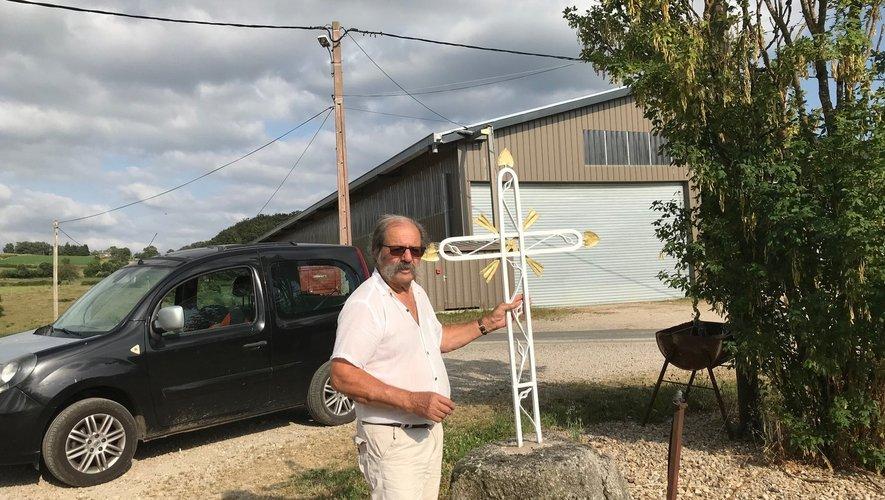 La croix de Conquettes, récemment restaurée par Daniel.