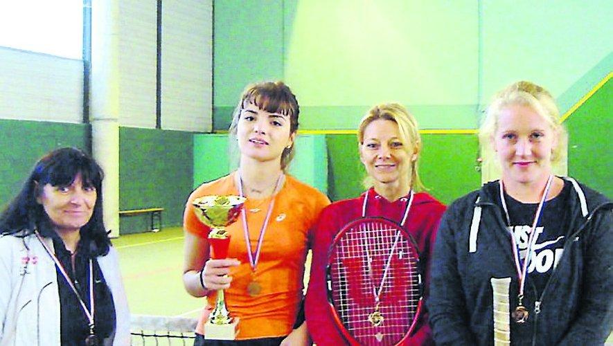 Les féminines championnes de l'Aveyron