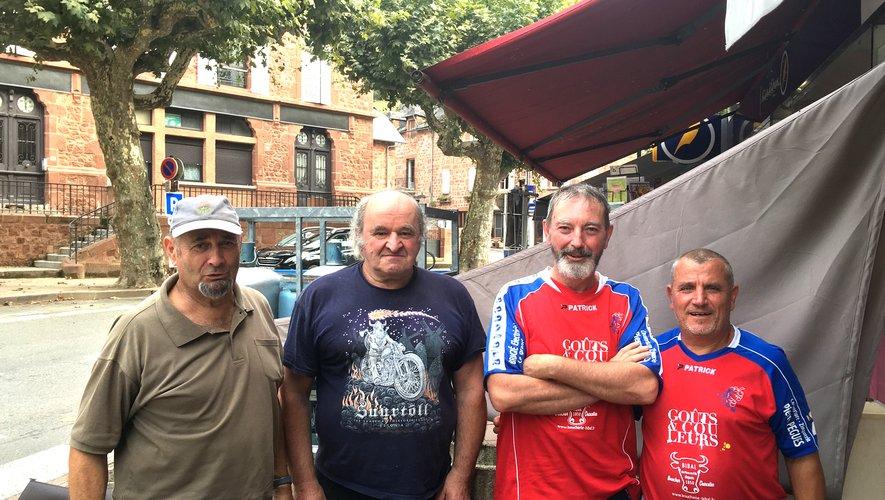 De gauche à droite : Bernard Costes, Michel Bouscal, Jean-Luc Fau, Jacques Sousa.