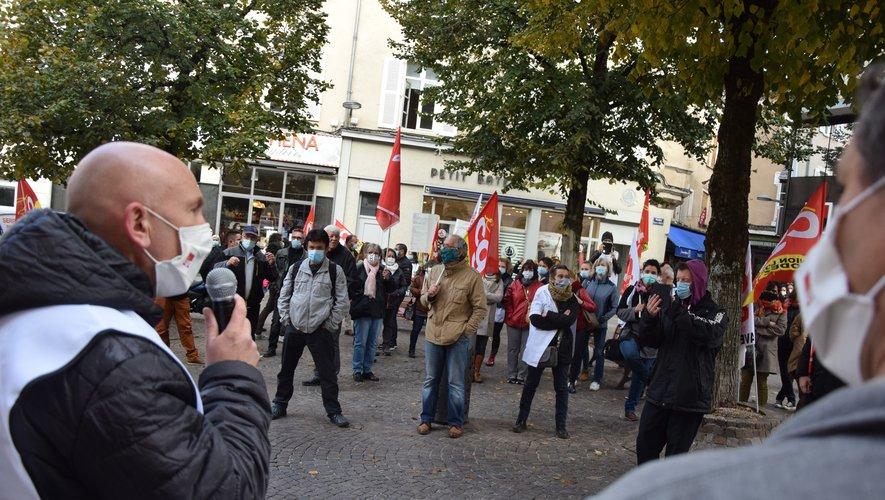 Les manifestants étaient originaires des quatre coins du département, avec des salariés du foyer de vie d'Auzits, de la Maison de l'enfance d'Onet, de la Mas de Decazeville, d'Ehpad (Saint-Amans, Firmi) mais aussi d'aides à domicile.