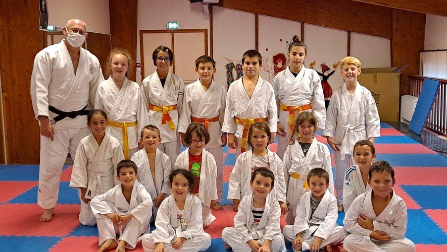 Le mercredi, c'est judo ! Un rendez-vous incontournable pour les élèves de Medhi.