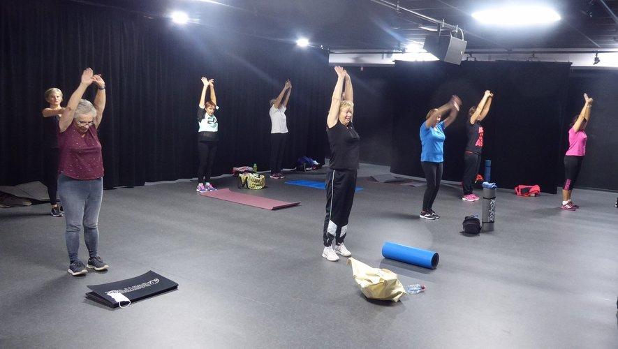 Les participantes au cours de gym douce - bien être stretching du lundi matin.