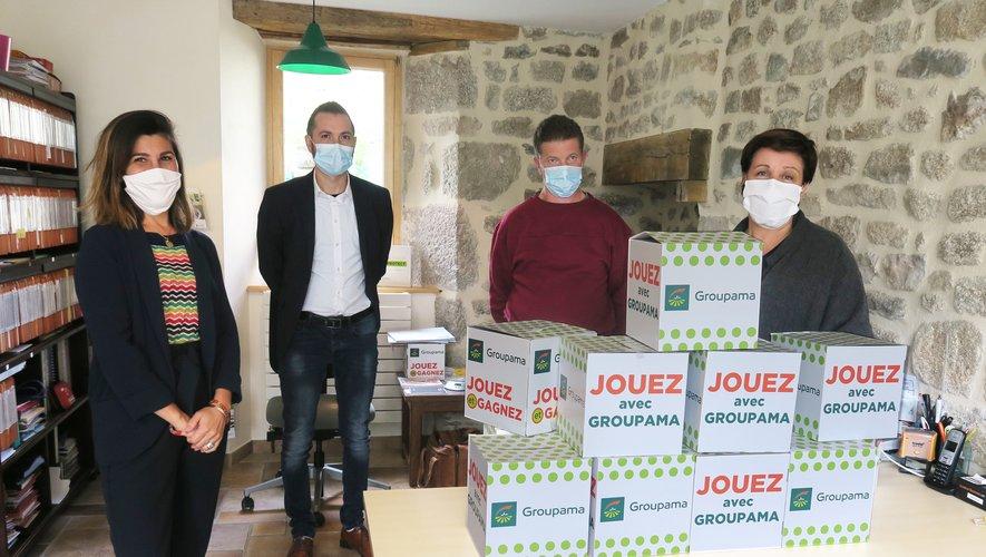 Tirage au sort à Saint-Amans-des-Côts. De gauche à droite : Mme Den Dulk, M. Porcherot, M. Gaubert et Mme Richard