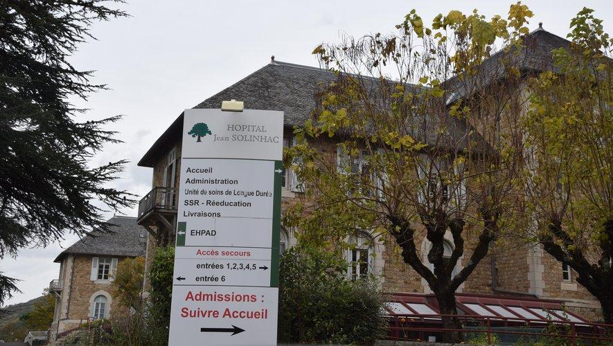 """""""C'est une chance"""" se félicite Jean-Claude Anglars pour l'hôpital Jean-Solinhac et son Ehpad."""