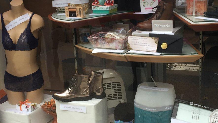 Le juste prix de cette vitrine est à découvrir au 69,  rue Cayrade.