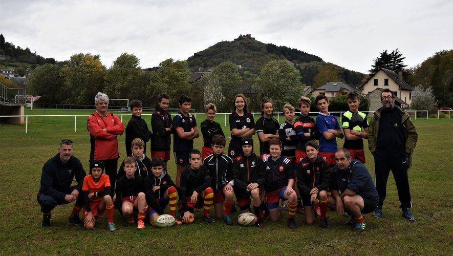 Les jeunes rugbymen révisent leurs gammes