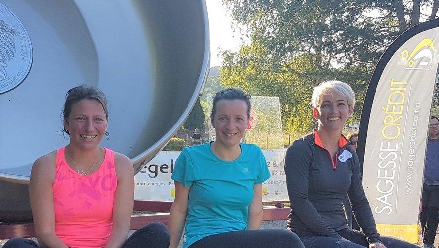 Malgré les efforts pour se maintenir en forme, Margot, Séverine et Lætitia gardent le sourire.