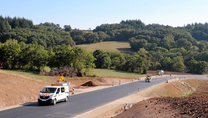 La route est ouverte à la circulation.