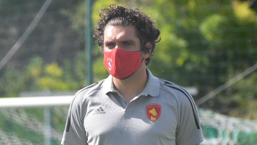 Pierre-Antoine Cros, le médecin masqué du club.