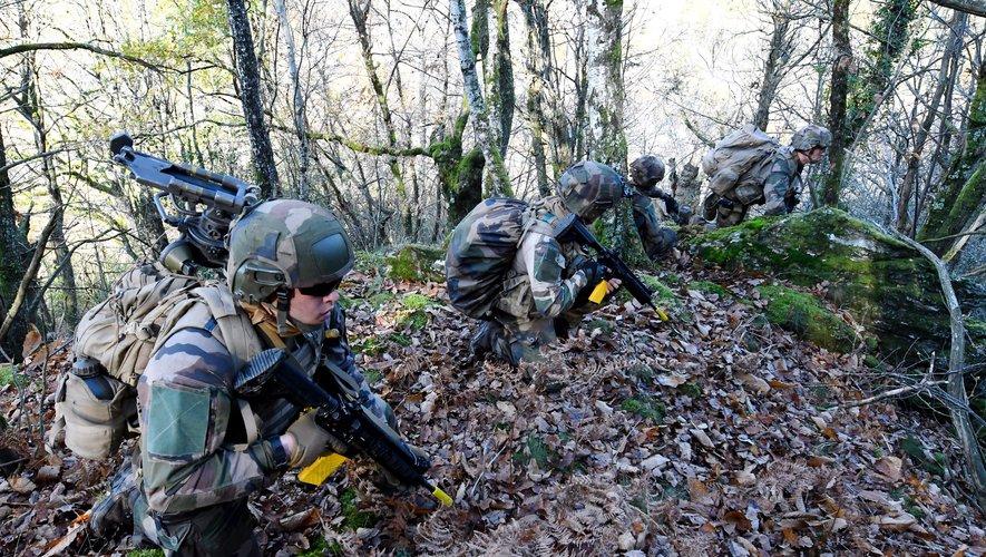 Les légionnaires se sont entraînés dans un bois, en dessous du hameau d'Eyniès.