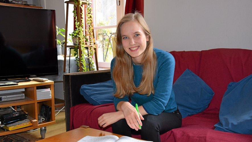 Même si elle travaille régulièrement sur son ordinateur, avec des logiciels adaptés, la Ruthénoise Garance Smith-Vaniz ne cache pas son attachement  à son stylo et à son cahier, où sont couchés bon nombre de ses scénarios.