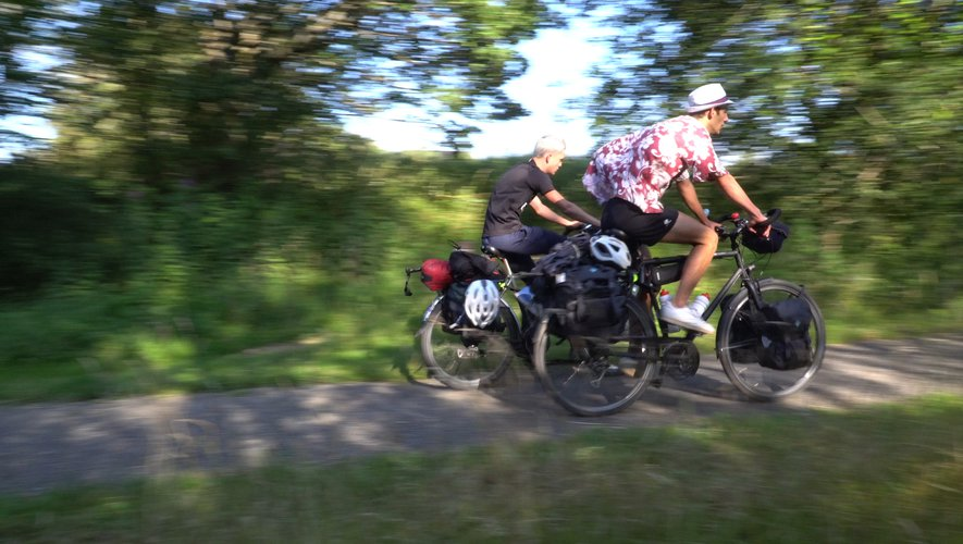 Depuis le départ, les deux compères ont parcouru plus de 5 000 km pour rallier le Cap Nord. Il en reste deux fois plus avant de retrouver l'Aveyron.