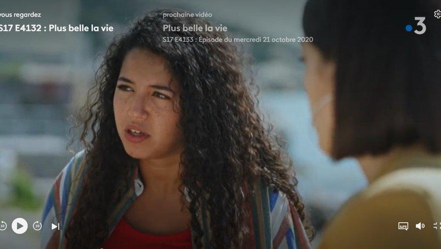 """Pour pallier l'absence d'une de ses actrices, cas contact Covid-19, le feuilleton de France 3 """"Plus belle la vie"""" a eu recours au """"deepfake""""."""